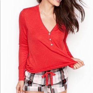 Victoria's Secret Tops - Victoria Secret knit top